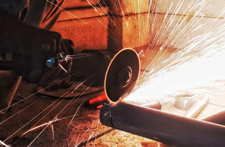 Na czym polega obróbka skrawaniem CNC?